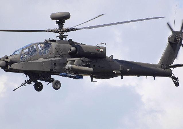 """AH-64D """"阿帕奇""""(Apache)武装直升机"""