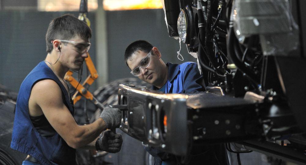 俄工貿部預測2021年俄羅斯汽車產量將增長近5% 達149萬輛