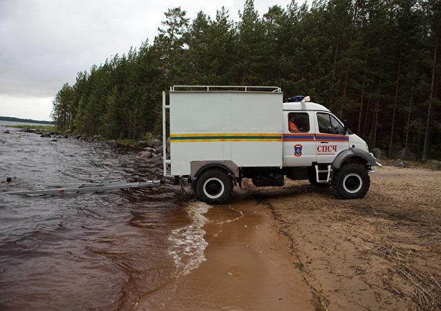 俄联邦紧急情况部的特种车