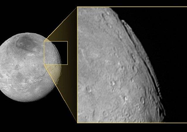 太陽系發現最深峽谷