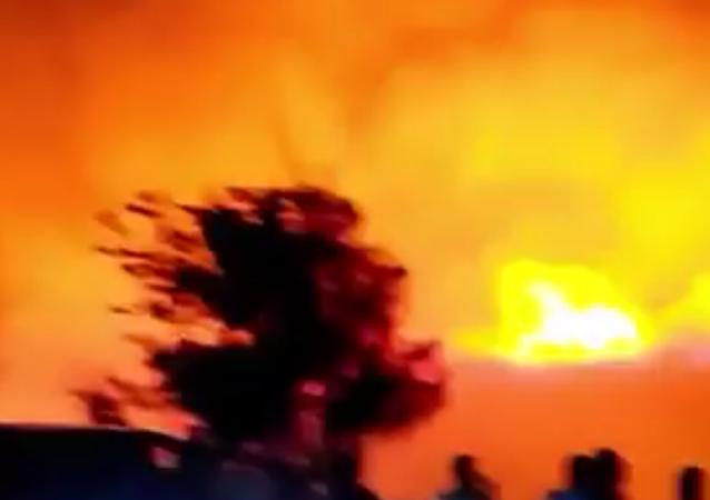 赞比亚总统在该国首都市场发生火灾后宣布国家进入紧急状态