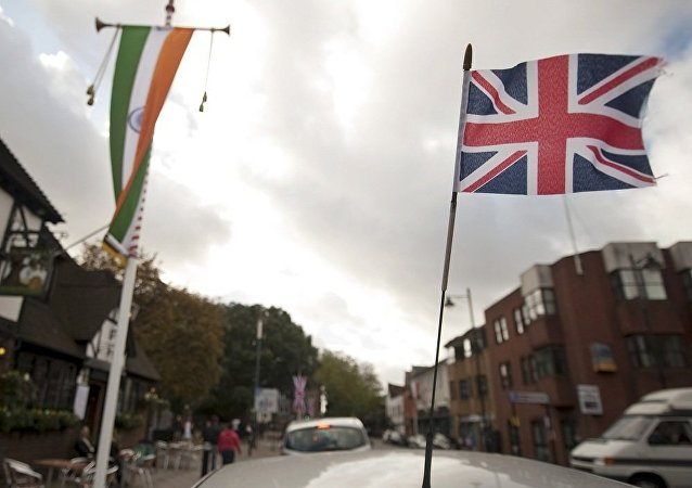 英国和印度的旗帜