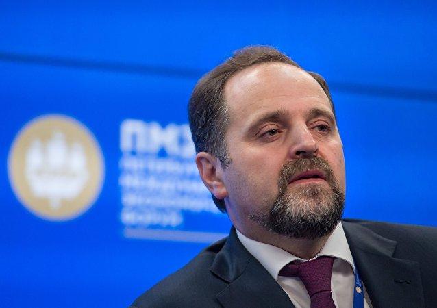 俄自然資源部長:期待中方投資固體礦產勘探
