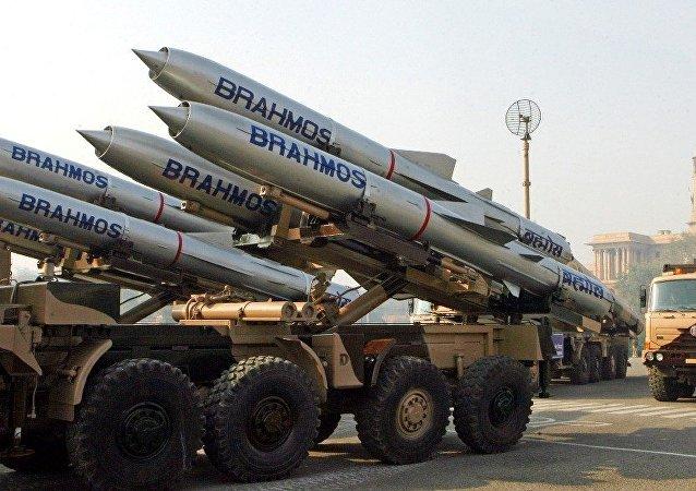 布拉莫斯導彈