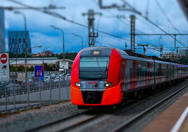 電力火車「雨燕」