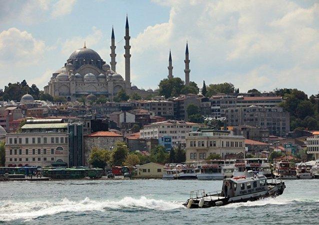 """俄外长:修建""""伊斯坦布尔""""运河不会触动外国军舰黑海停留规则问题"""