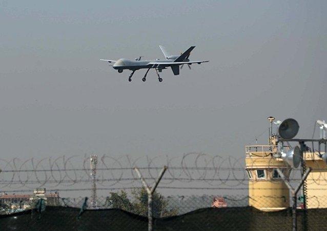 媒體:美國無人機在敘利亞襲擊一輛載有食品的卡車