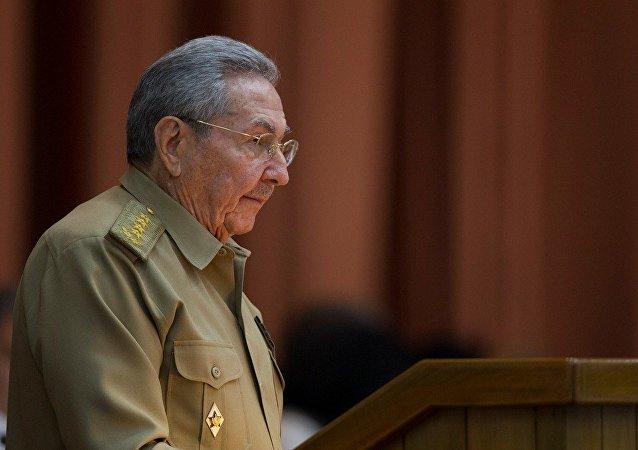 普京祝賀古巴前領導人勞爾·卡斯特羅90歲大壽