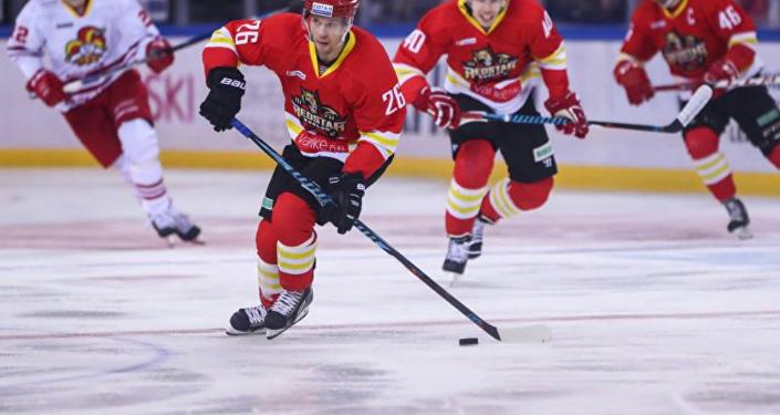 放寒假了,不妨去北京看看KHL冰球聯賽