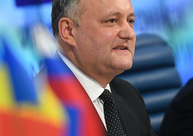 摩爾多瓦總統祝賀俄方並希望恢復對俄關係