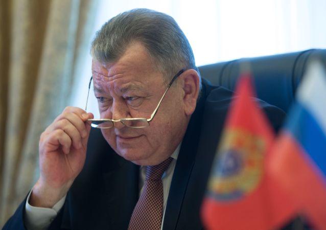奥列格•瑟罗莫洛托夫