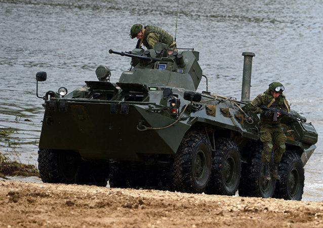 BTR-80裝甲車