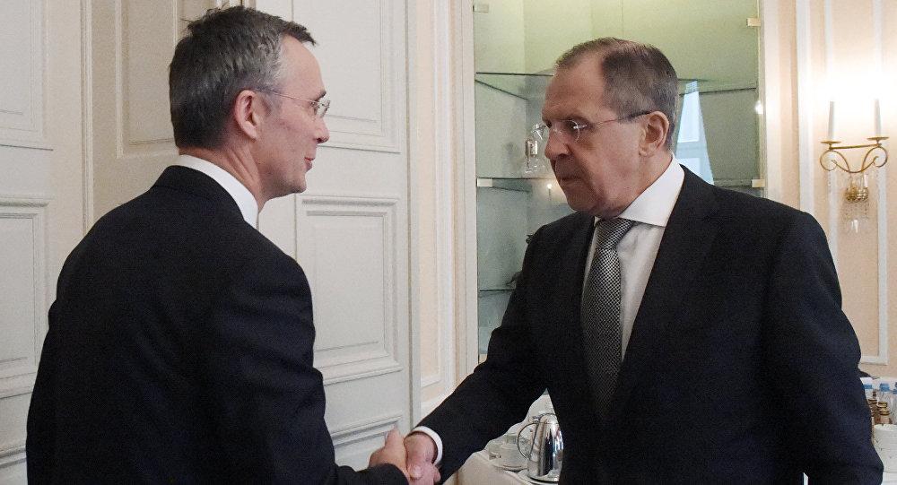 俄外长与北约秘书长