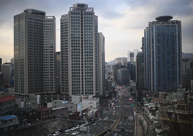 韓國檢察院就腐敗醜聞訊問樂天集團會長