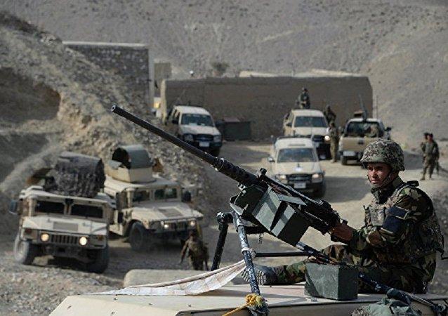 阿富汗一名战士枪杀两名美国军人
