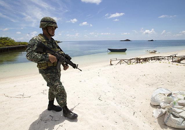 菲律宾向南海争议岛屿派遣部队