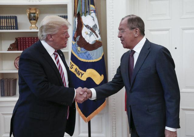 俄外长:没有和特朗普讨论联邦调查局局长被撤职的问题