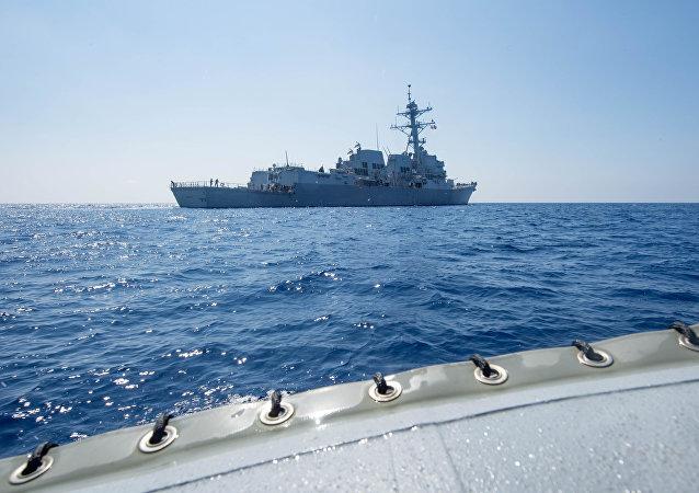 美国军舰频繁在中俄周边活动意欲何为?