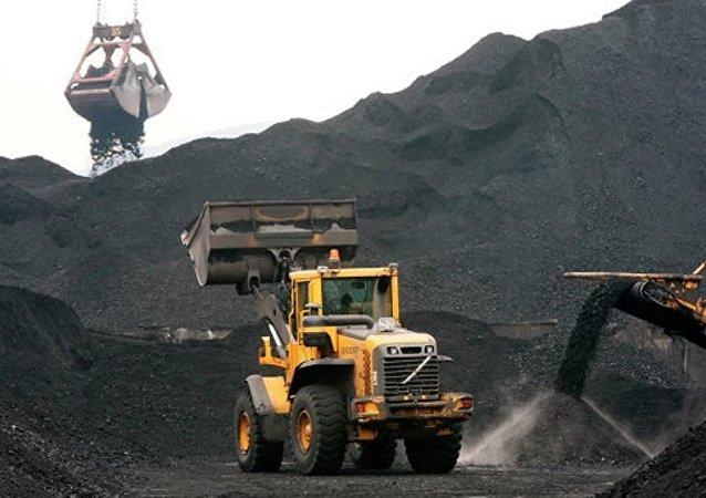 俄楚科奇超前發展區入駐企業已開始向中國裝運首批煤炭
