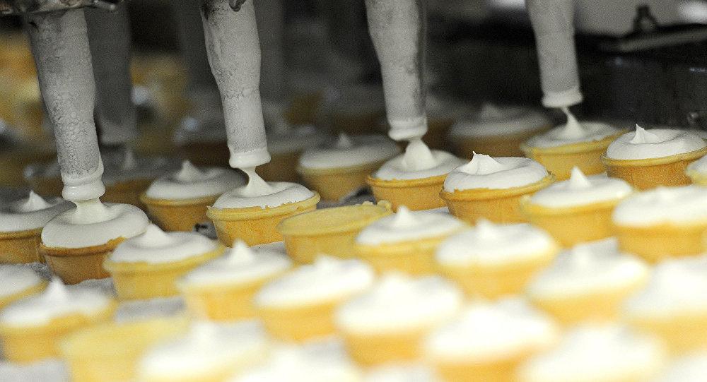 俄阿爾泰邊疆區已向中國供應134噸冰淇淋