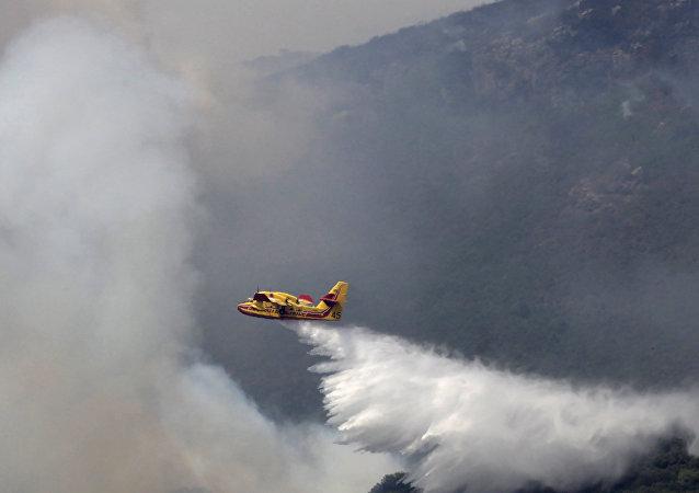 哈萨克斯坦飞机失事致2人遇难