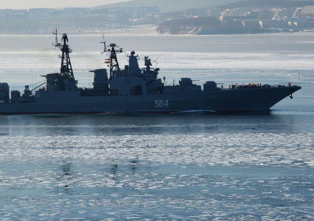 '特里布茨海軍上將'號大型反潛艦