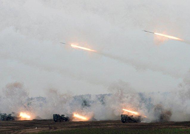 """俄""""技术动态""""公司:计划于2024年量产新式轻型齐射火箭炮系统"""
