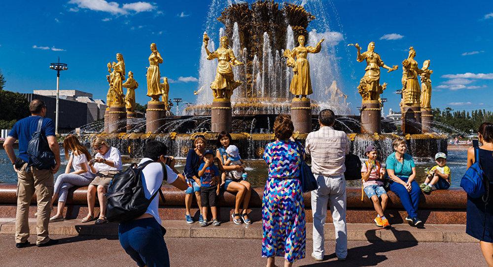 莫斯科市長:2019年莫斯科遊客量有望突破2400萬人