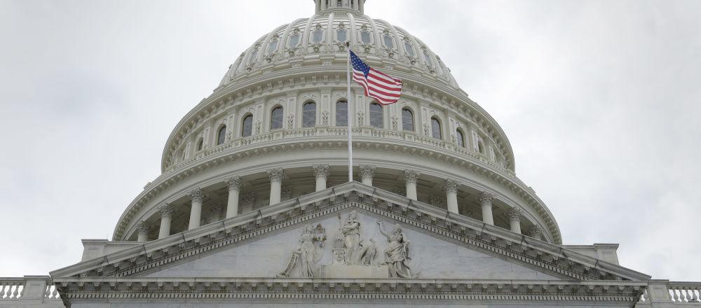 美众议院通过扩大对俄制裁的国防预算法案