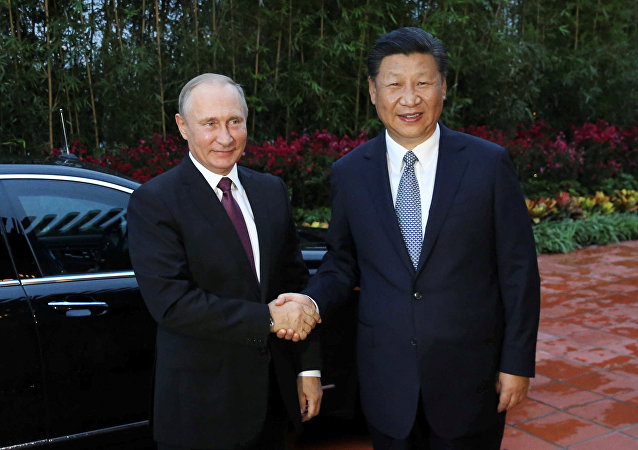 普京谈习近平:他是一位令人惬意的合作伙伴、可靠的朋友和真诚的人