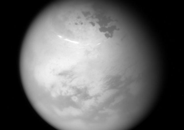 在土星发现了生命迹象