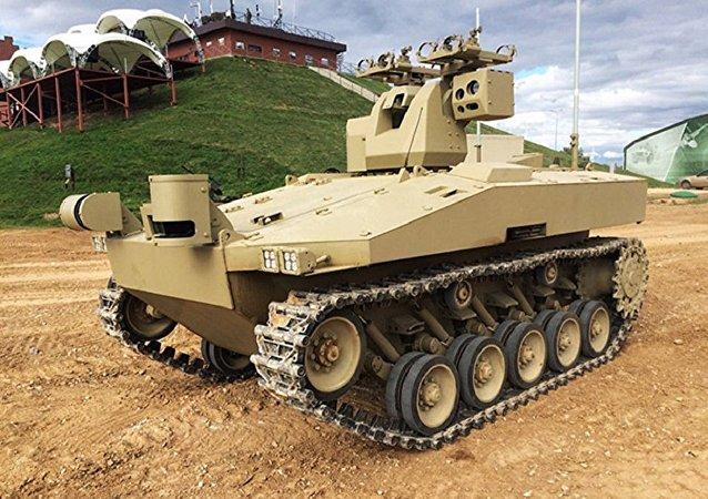 俄羅斯啓動「戰友」作戰機器人的試驗設計工作