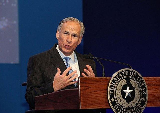 德克萨斯州州长格雷格∙艾波特