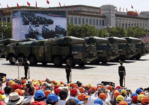 專家:美國有關中導條約決定的主因可能是中國導彈實力加強