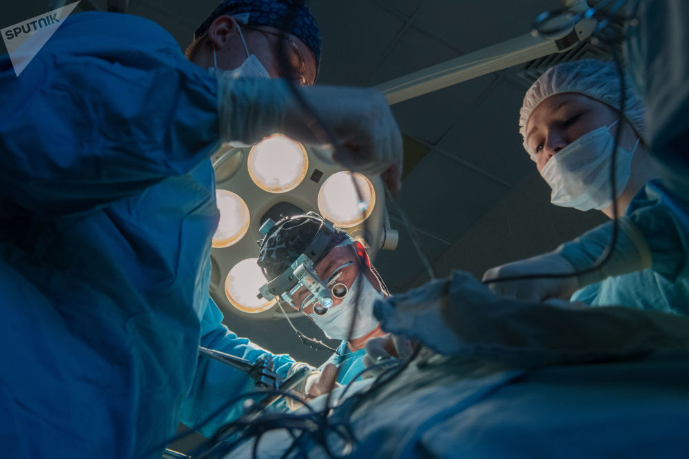伽馬定位儀實時給外科醫生提供關於腫瘤位置、遍布以及切除組織邊界的信息。