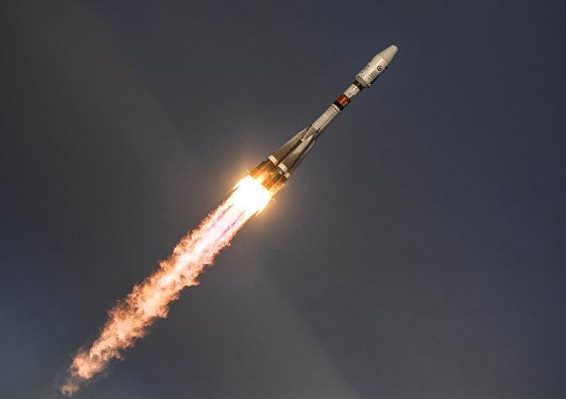 俄航天部队专家们2020年将21个航天器送入轨道