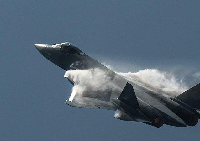 俄苏霍伊公司开始按俄国防部订单量产苏-57战斗机