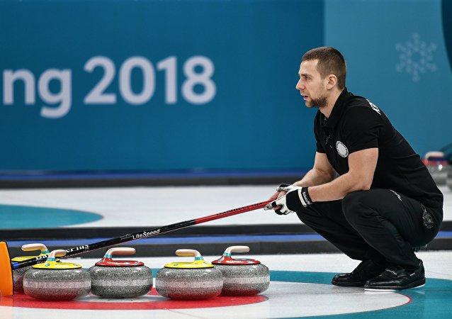 俄羅斯冰壺運動員亞歷山大•克魯舍利尼茨基