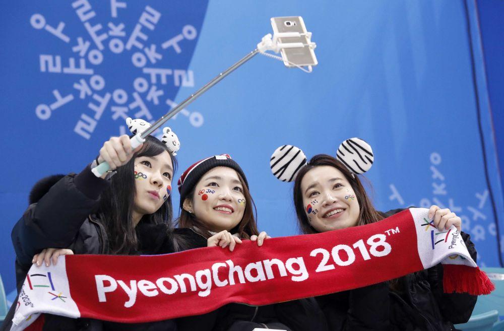 冬奥会上的日本美女啦啦队员