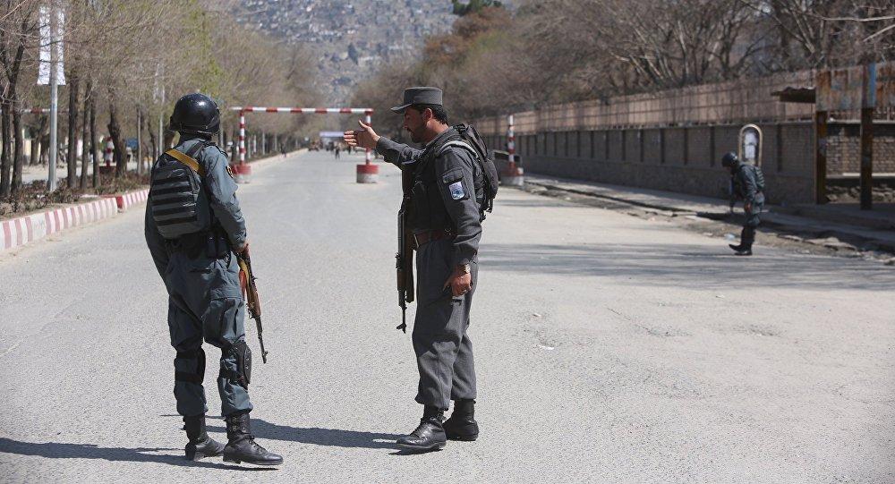 阿富汗警方截獲來自巴基斯坦載有10噸爆炸物的卡車