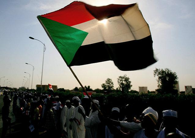 蘇丹總理解散政府