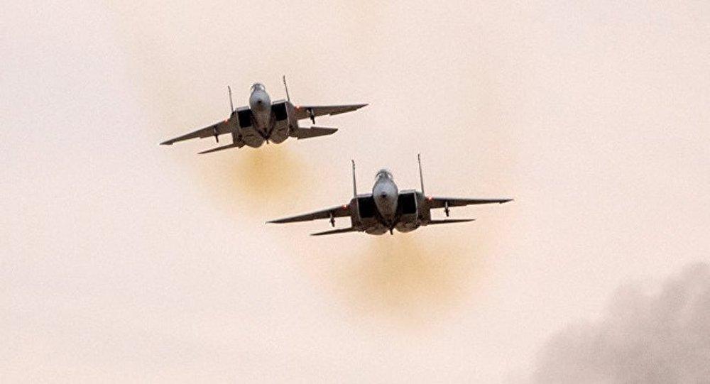 以色列空軍襲擊加沙地帶南部巴勒斯坦武裝的兩個基地