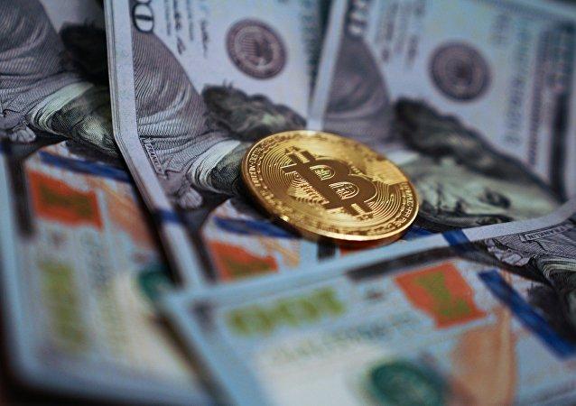 世界上首个承认比特币为法定货币的国家开始购买比特币