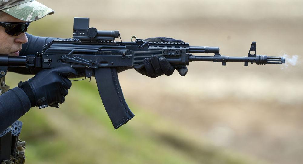 研制方:俄罗斯正研制有助于士兵瞄准和射击的智能突击步枪