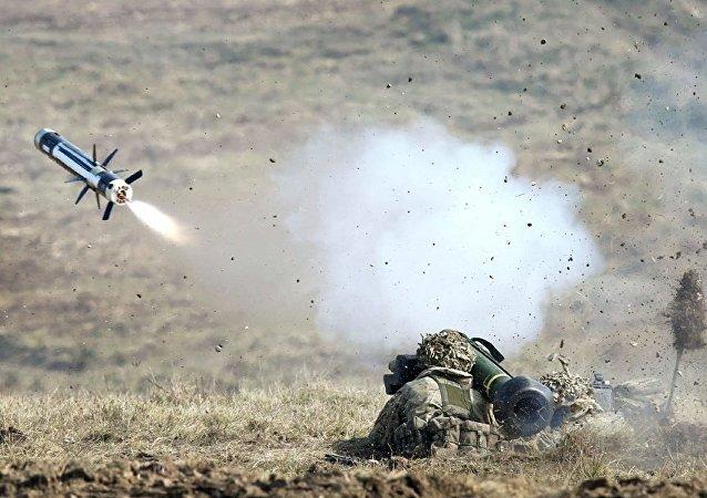 """""""标枪""""反坦克导弹系统"""