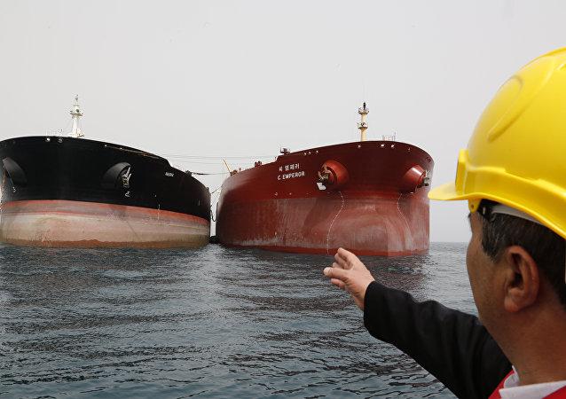 白宮認為美國對伊朗的制裁不會導致國際市場原油供應短缺