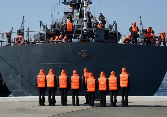 中国海员在俄远东地区接受极地航行的培训