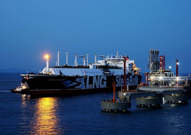 中國1-9月原油進口降幅擴大 天然氣進口保持較快增長