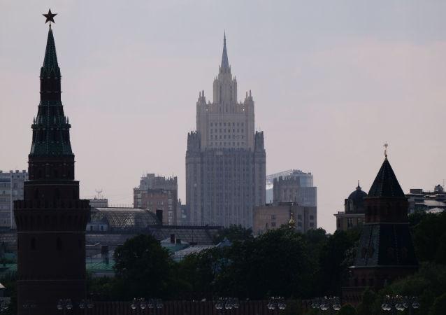 俄外交部收到加拿大使馆发出的安排探望被捕加公民要求