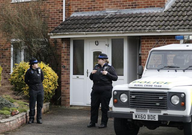 俄对外情报局局长:伦敦在销毁斯克里帕利中毒事件的证据еликобритания